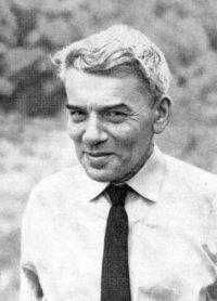 Чл.-корр. АН СССР, профессор А.И. Лурье (1901-1980) - основатель научно-педагогической школы каф.