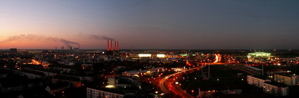 Wolfsburg panorama_ The red-lit chimneys left of the center belong to the VW plant