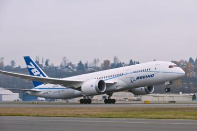 Boeing 787 ставит рекорды скорости и дальности полетов