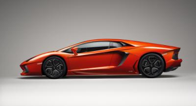 Lamborghini представила Aventador LP 700-4
