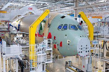 Airbus приступил к финишной сборке первого A350 XWB