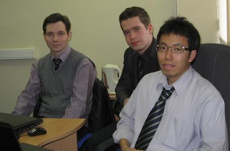 Визит в CompMechLab (на фотографии слева направо: директор по развитию технологий CompMechLab Ltd. Антон Алексашкин, инженер CompMechLab Дмитрий Сачава и ведущий специалист CoreTech Винсент Ханг)