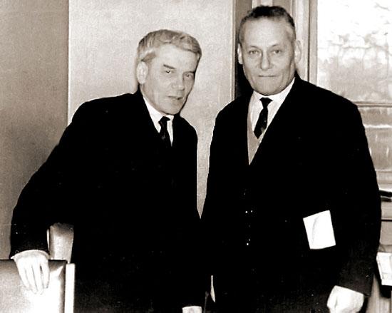 Проф. А.И.Лурье (слева) и проф. Л.Г. Лойцянский (справа)