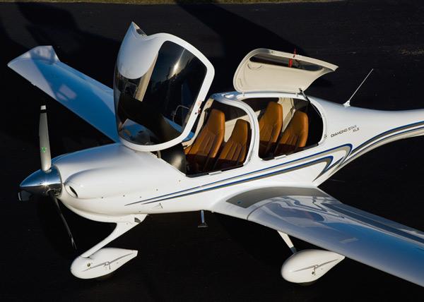 Самолет Diamond DA40