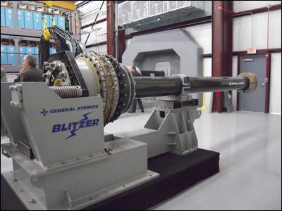 Прототип рельсовой электромагнитной пушки компании General Atomics