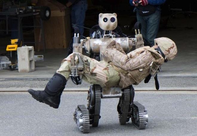 Один из существующих образцов военных роботов